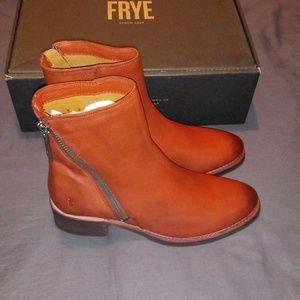 Frye Demi Zip Boot